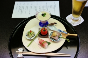 料亭 一の家 小田 晋さん(政経・43年)